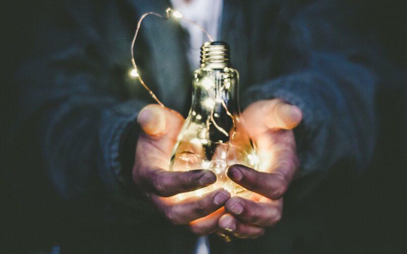 Ondernemers en overheud verbinden
